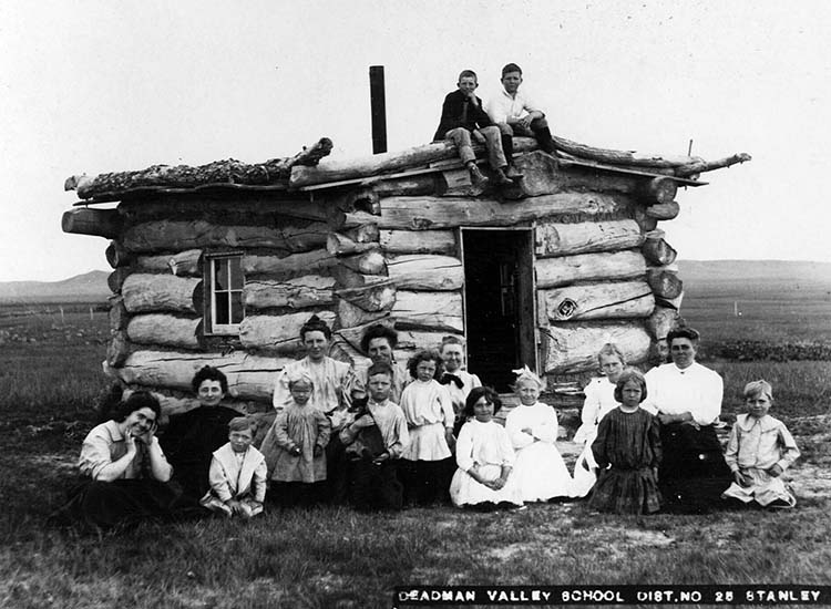 Deadman Valley School, Stanley County P115