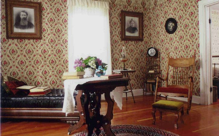 Inside the Surveyer's House