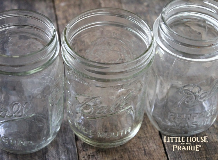 What do you make in mason jars? Rock candy, of course!