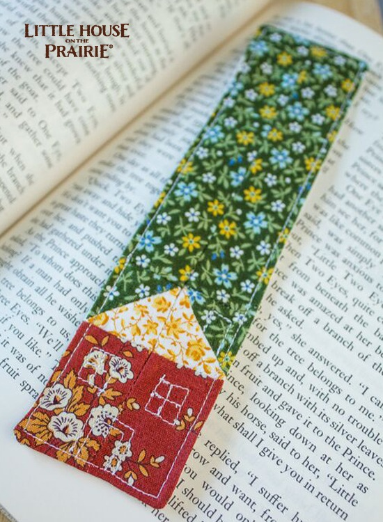 Simple quilted house bookmark - inspired by Little House on the Prairie