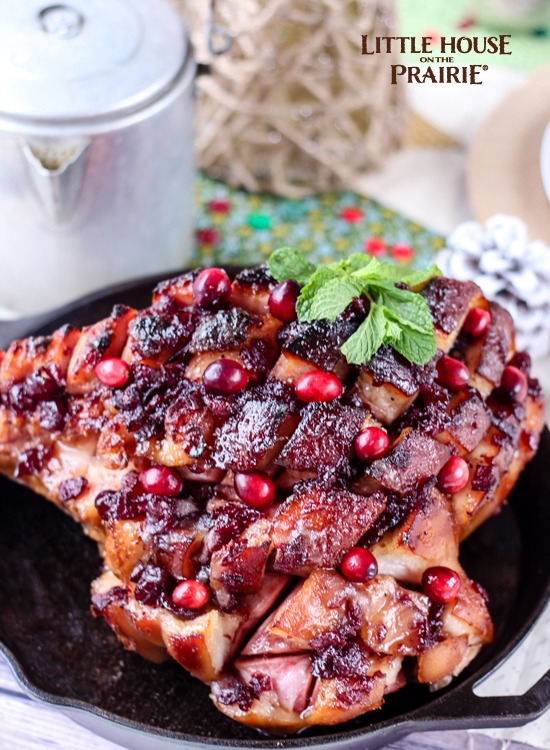 Delicious country ham with Cranberry and Mint, brown-sugar glaze - skillet ham recipe. Delicious!