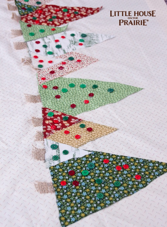 Add button ornaments to the Christmas Tree no-sew table runner
