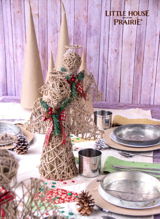Little House on the Prairie inspired Christmas Tablescape - SO pretty!