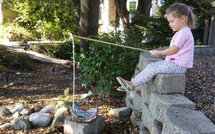 DIY Fishing for Fabric Numbers Game - Fat-Quarter easy-sew craft for education kids activity