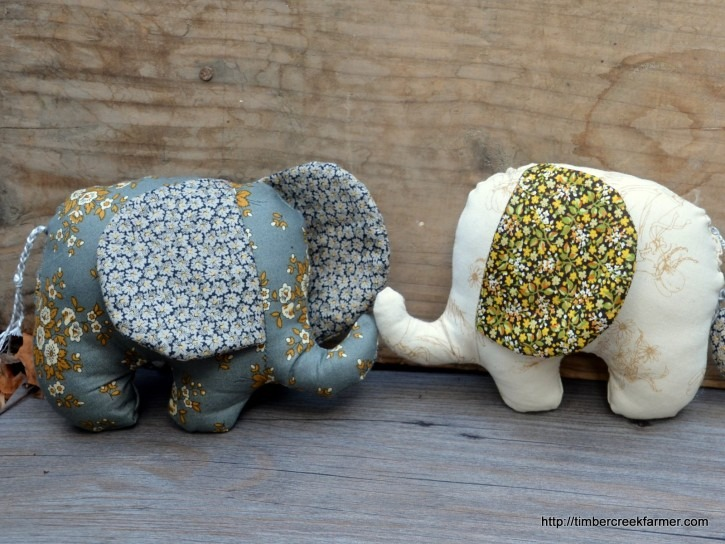 Homemade Gifts From Fat Quarter - These stuffed animal elephants are perfect for babies, toddlers, or preschoolers!