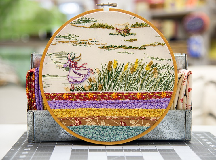 Little House on the Prairie Hoop Project DIY