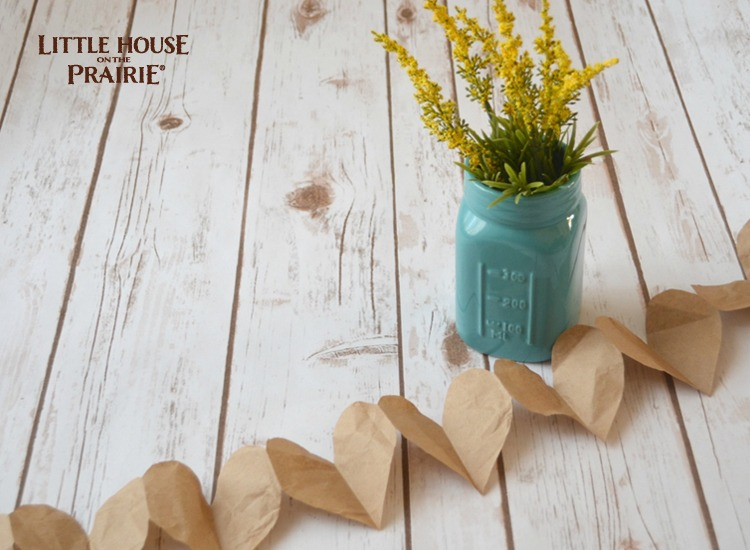 Little House on the Prairie inspired paper heart garlands. See the star variation too!