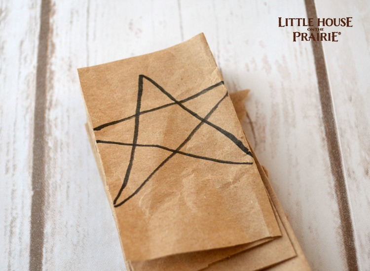 Make your own paper star garland like Laura made!