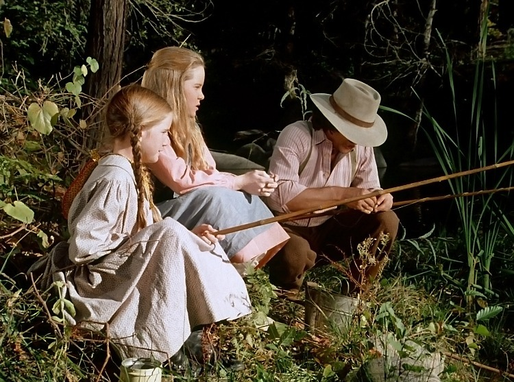 Mary and Laura fishing with Pa on Little House on the Prairie