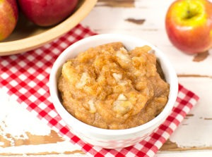Homemade Applesauce Inspired by Little House